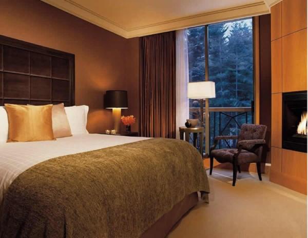 Call 9999402080 Brij Kumar Gurgaon Interior Designer Decorator for Hotels Restaurant Luxury Resorts